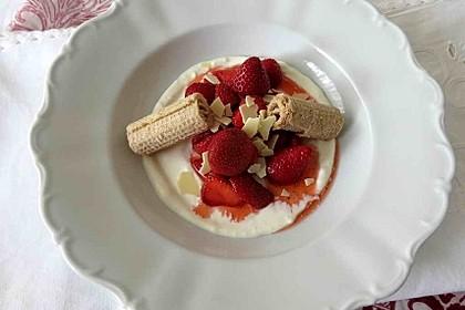 Frischkäse-Erdbeer-Dessert