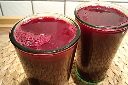Rote Bete-Möhren-Orangen-Saft 1
