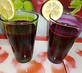 Rote Bete-Möhren-Orangen-Saft (Bild)