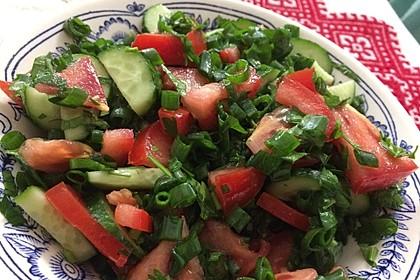 Tomaten-Gurken Salat mit Dill und Petersilie 1