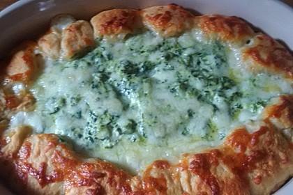 Tasty Sonntagsbrötchen mit Käse-Spinat-Dip 1