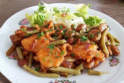 Kartoffeln mit Nudeln und Nürnberger Würstle