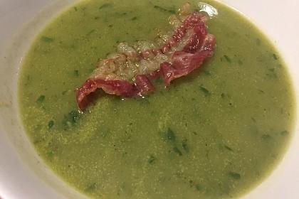 Petersilien-Kartoffel-Suppe mit gebratenen Champignons 4