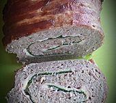 Hackfleisch-Bacon-Käse-Rolle (Bild)