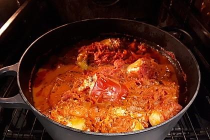 Gefüllte Paprika mit Hackfleisch und Reis in Tomaten-Sahne Soße 1