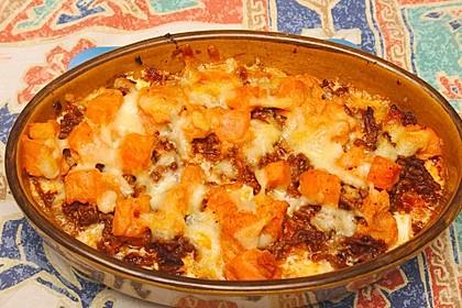 Süßkartoffel-Hackfleisch-Auflauf mit Feta 3