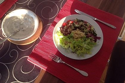 Orientalische Bowl mit Falafel und Joghurtsauce 4