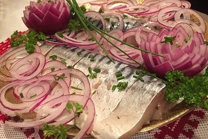 Eingelegte Salz-Makrelen (wie Matjes)