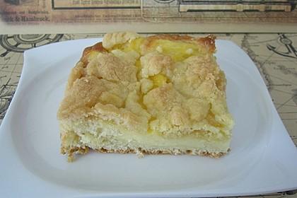 Streuselkuchen mit Hefeteig und Pudding 2