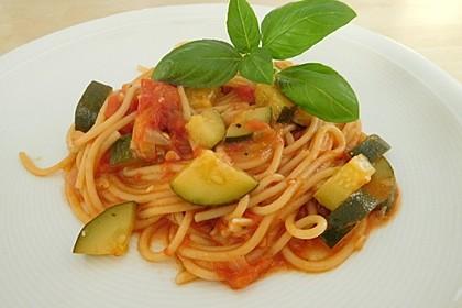 One Pot Pasta mit Zucchini, Tomaten und Parmesan 3