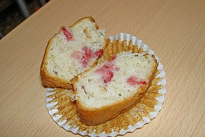 Walnuss - Erdbeer - Muffins