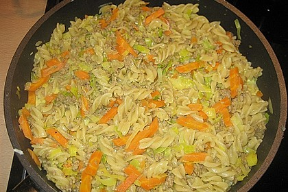 Curryrahmnudeln mit Hack 39