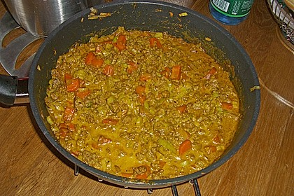 Curryrahmnudeln mit Hack 86
