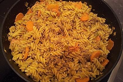 Curryrahmnudeln mit Hack 43