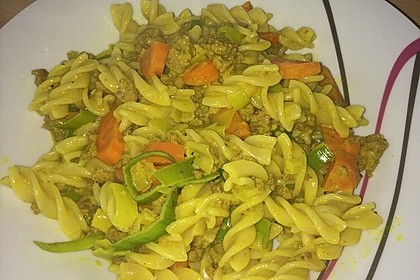 Curryrahmnudeln mit Hack 23