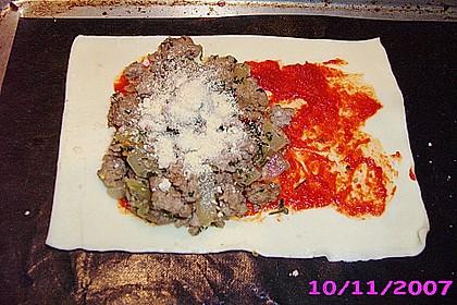 Blätterteigtaschen mit Hackfleisch und Feta 4