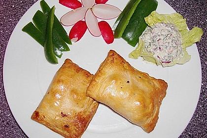 Blätterteigtaschen mit Hackfleisch und Feta 1
