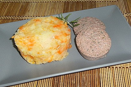 Möhren - Kartoffel - Gemüse mit Hausmacher Leberwurst