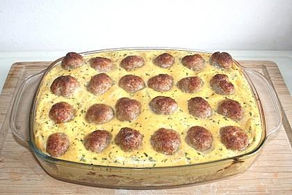 Bratwurstbällchen auf Sauerkraut 2