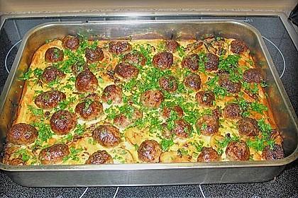 Bratwurstbällchen auf Sauerkraut 6