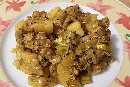Indischer Kartoffel - Lauch - Topf mit Hähnchenbrust