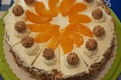 Giotto - Nuss - Torte mit Pfirsichen 14