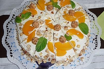 Giotto - Nuss - Torte mit Pfirsichen 6