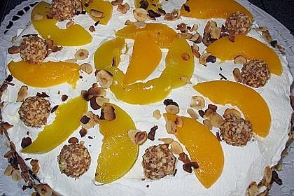 Giotto - Nuss - Torte mit Pfirsichen 11