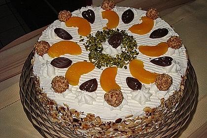 Giotto - Nuss - Torte mit Pfirsichen 4
