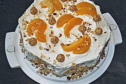 Giotto - Nuss - Torte mit Pfirsichen 16