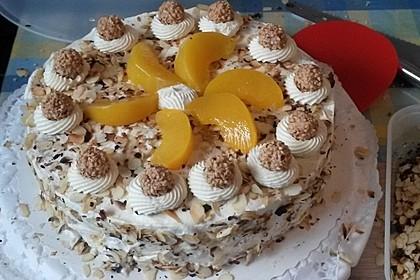 Giotto - Nuss - Torte mit Pfirsichen 3