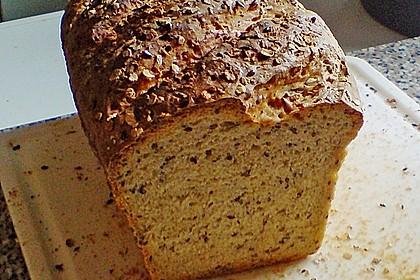 Sonnenblumen - Körner - Brot (Bild)