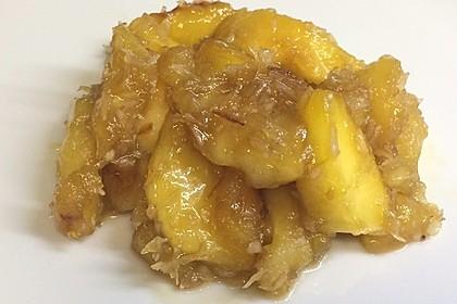 Karamellisierte Äpfel mit Kokosflocken