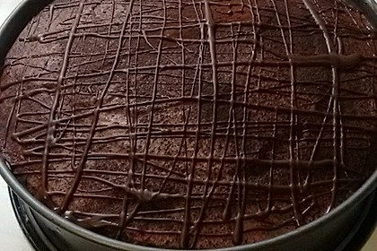 Vegane Schoko-Sahne-Torte