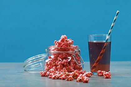 Pinkes Popcorn mit Herzchen