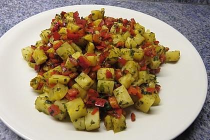 Einfache Selleriepfanne mit Paprika