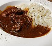 Malzbier-Rindergulasch aus dem Schnellkochtopf (Bild)