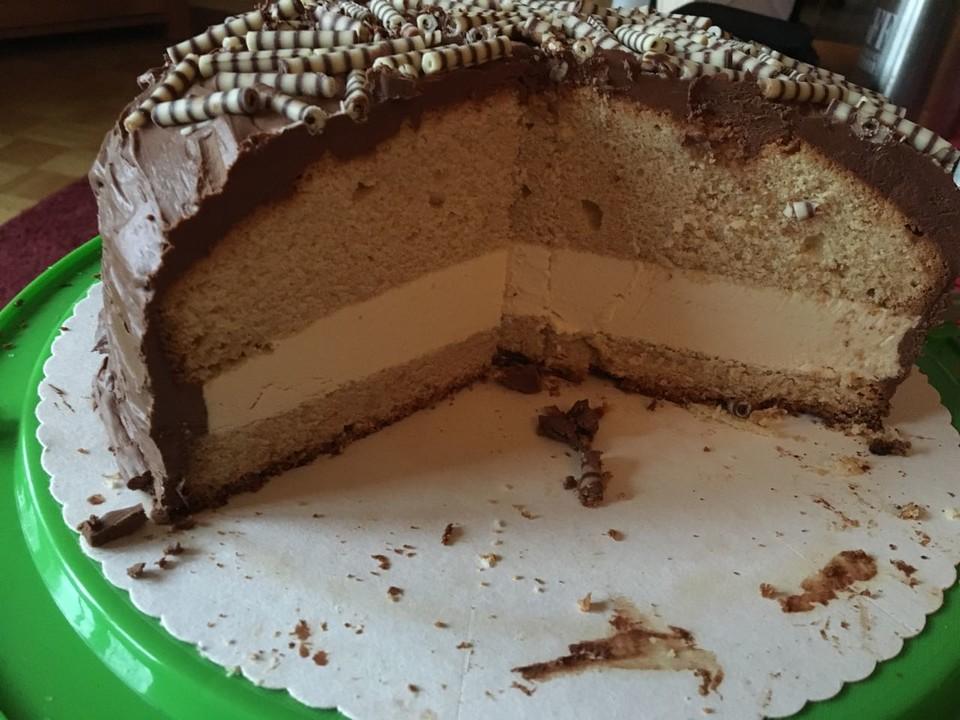Bailey S Kuchen Mit Bailey S Buttercreme Und Schokoladenbuttercreme