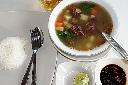 Sup Buntut à la 'Taman Grija'
