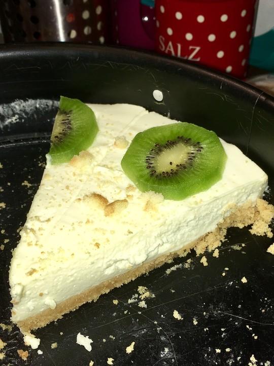Frischkase Kiwi Torte Ohne Backen Von Blackbiscuit Chefkoch De