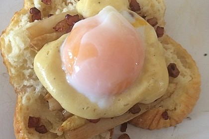Eggs Benedict mit Onsen-Ei