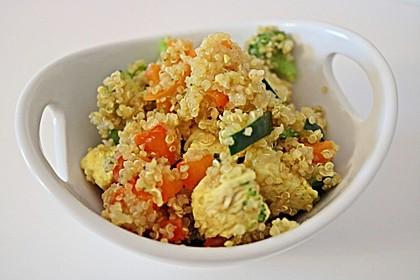 Quinoapfanne mit Hähnchen und Gemüse