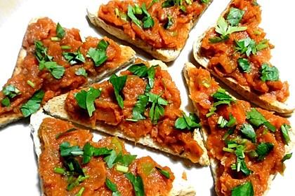 Gemüse-Brot-Aufstrich