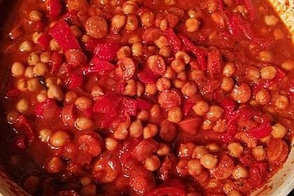Kichererbsen-Ragout mit Cabanossi und Paprika