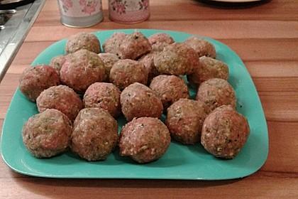 Yotas Mini-Fleischklößchen für Suppen und Pastasaucen 1