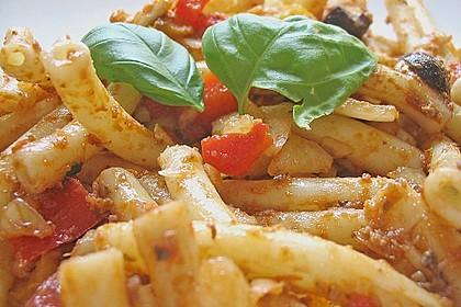 Mediterraner Spaghettisalat mit Pesto rosso 14