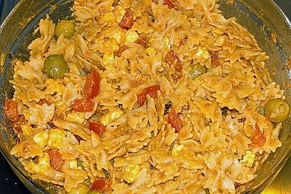 Mediterraner Spaghettisalat mit Pesto rosso 28