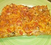 Pizza mit Thunfisch (Bild)