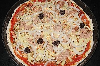 Pizza mit Thunfisch 17