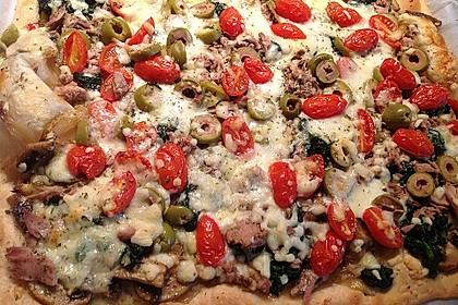 Pizza mit Thunfisch 13